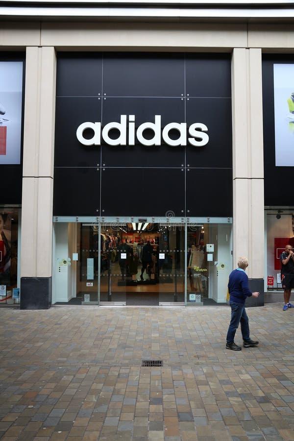 Adidas Великобритания стоковые изображения