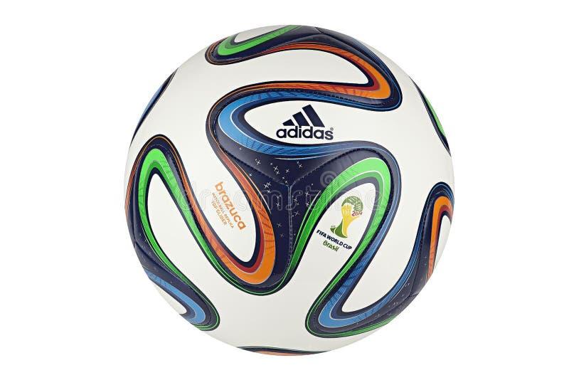 Adidas Brazuca världscup 2014 officiella Matchball royaltyfri fotografi