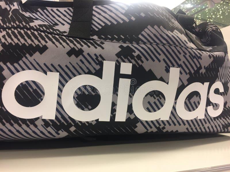 Adidas mette in mostra la borsa fotografia stock