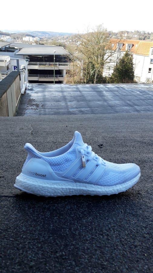 Adidas ultraboost στοκ φωτογραφία με δικαίωμα ελεύθερης χρήσης