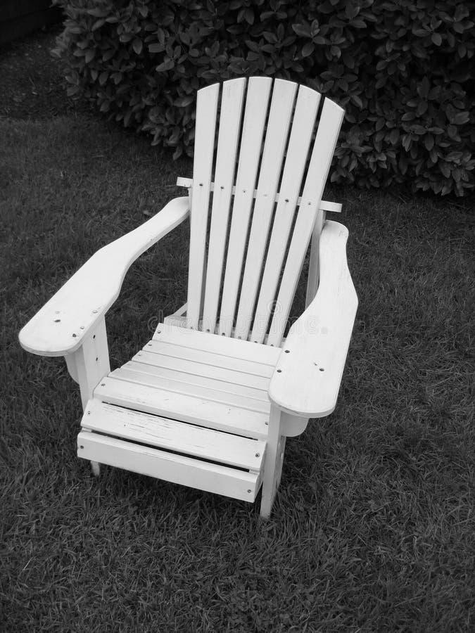 Download Adirondack Chair__Black Y Blanco Foto de archivo - Imagen de américa, cómodo: 186550