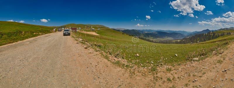 ADJARA, GRUZJA - 08 2017 SIERPIEŃ: Krajobrazowa panorama Akhaltsikhe zdjęcie royalty free