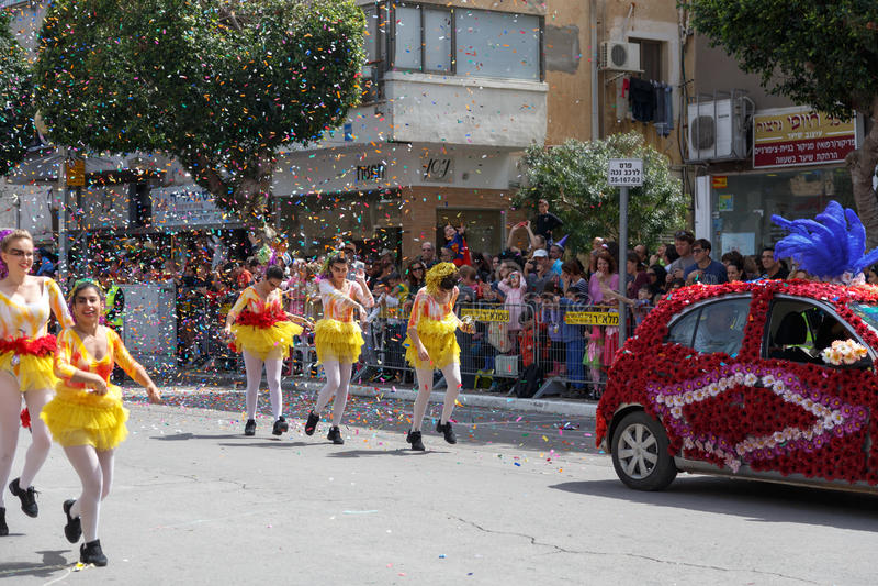 Adloyada Holon. Carnevale di Purim. Israele immagini stock