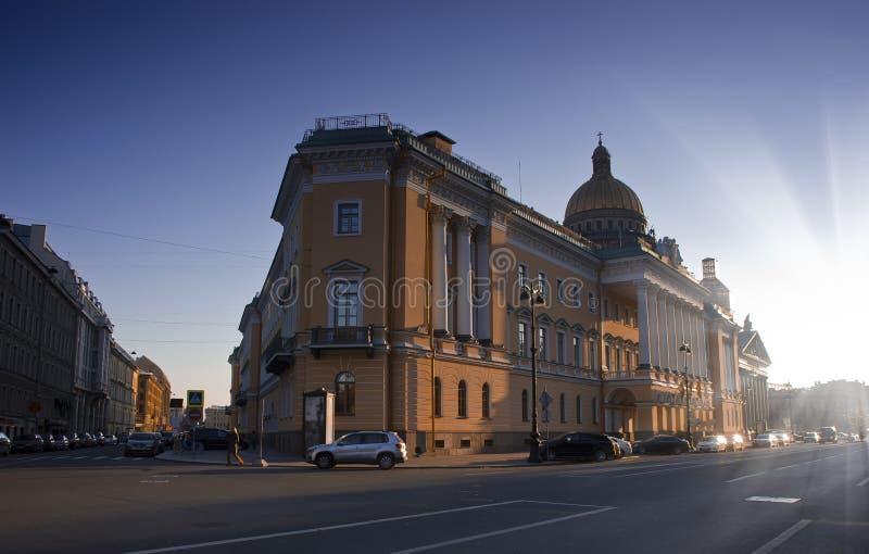 Download Admiralteisky Prospekt, St Petersburg, Russie Image éditorial - Image du attractions, cathédrale: 45359510