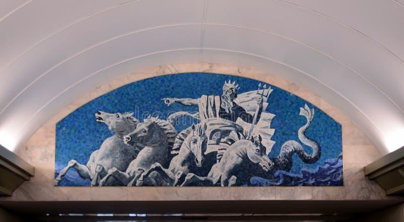 Admiralteyskaya-Metrostation lizenzfreies stockbild