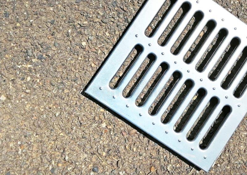 Admission de précipitation exceptionelle - trellis embouti en acier galvanisé images stock