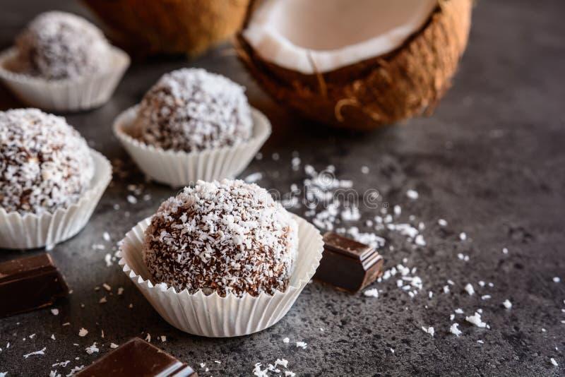 Żadny piec kokosowe piłki zdjęcie royalty free