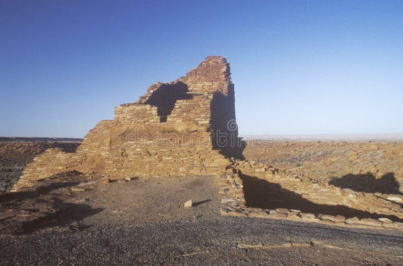 Adobe-Backsteinmauern, circa ANZEIGE 1100, indische Ruinen des Zitadellen-Pueblos des Stammes Kayenta Anasazi, AZ lizenzfreies stockbild