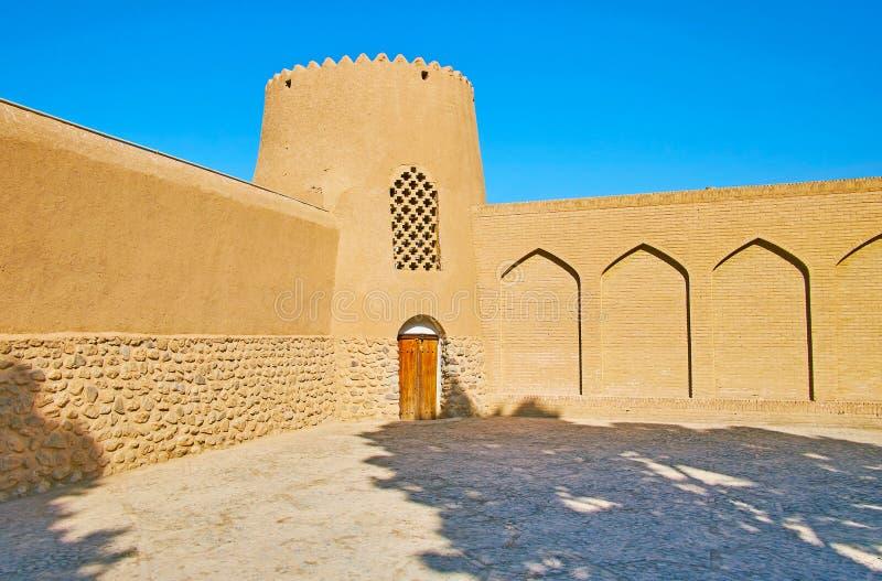 Adobe wierza i ramparts żebro ogród, Kashan, Iran obrazy royalty free