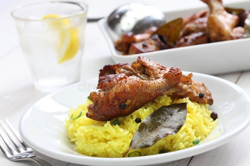 Adobo del pollo y del cerdo, comida filipina foto de archivo