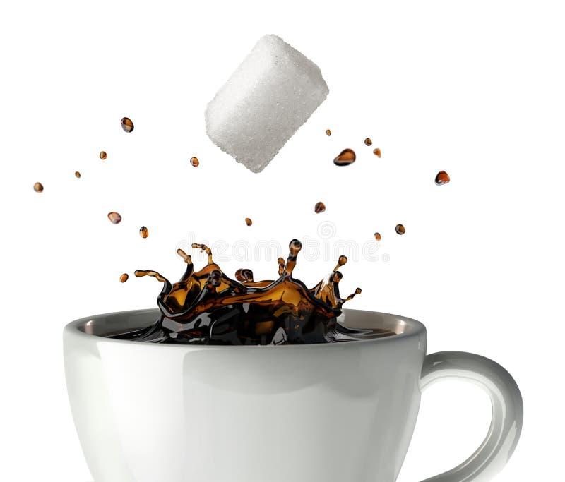 Adoce o cubo que cai e que espirra em um copo do café preto. Opinião do close-up. imagens de stock