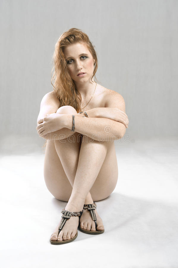Download Adolescent féminin blanc photo stock. Image du femelle - 45366900