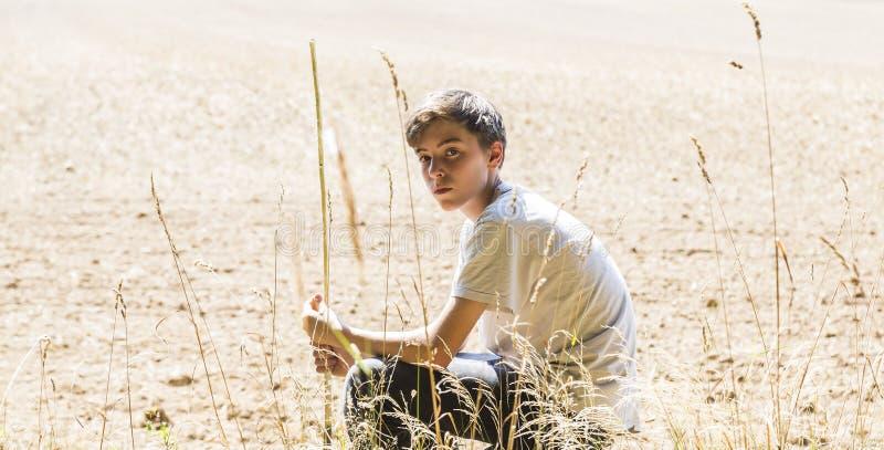 Adolescent seul photographie stock libre de droits