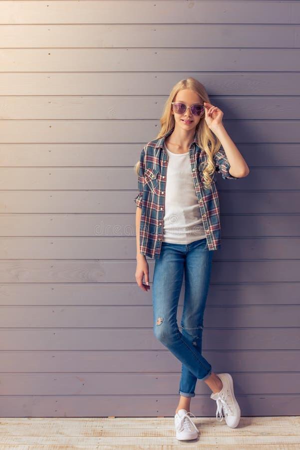 Adolescente blonde image libre de droits