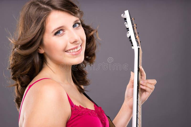 Adolescente Con La Guitarra Fotografía de archivo libre de regalías