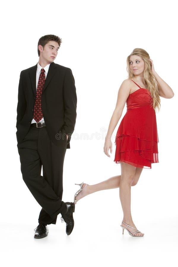 Adolescente e menina que olham o eachother foto de stock royalty free