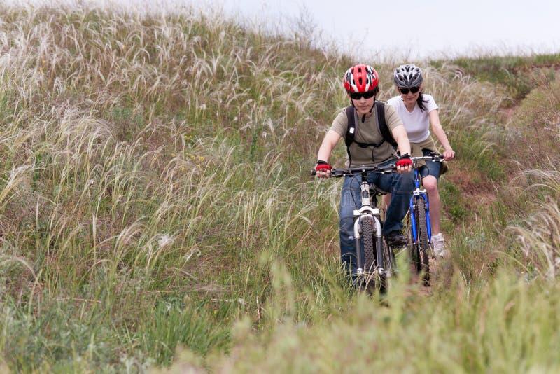 Adolescente En La Bici De Montaña Fotos de archivo libres de regalías