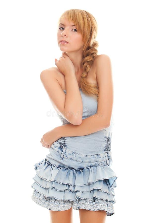 Adolescente encantador del retrato del primer en alineada azul fotografía de archivo libre de regalías