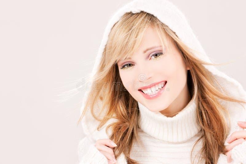 Adolescente encantador no hoodie fotografia de stock