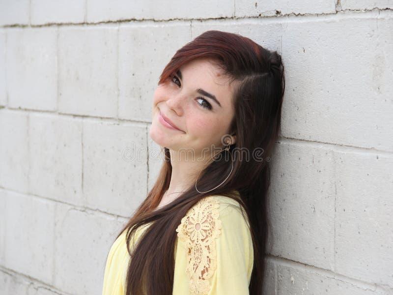 Adolescente feliz confiado foto de archivo
