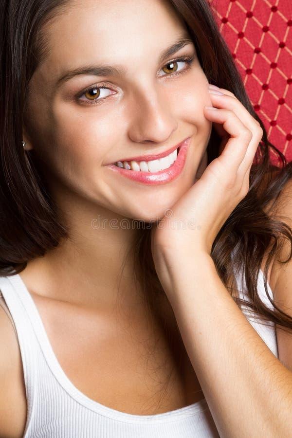 Adolescente heureuse de sourire photo libre de droits
