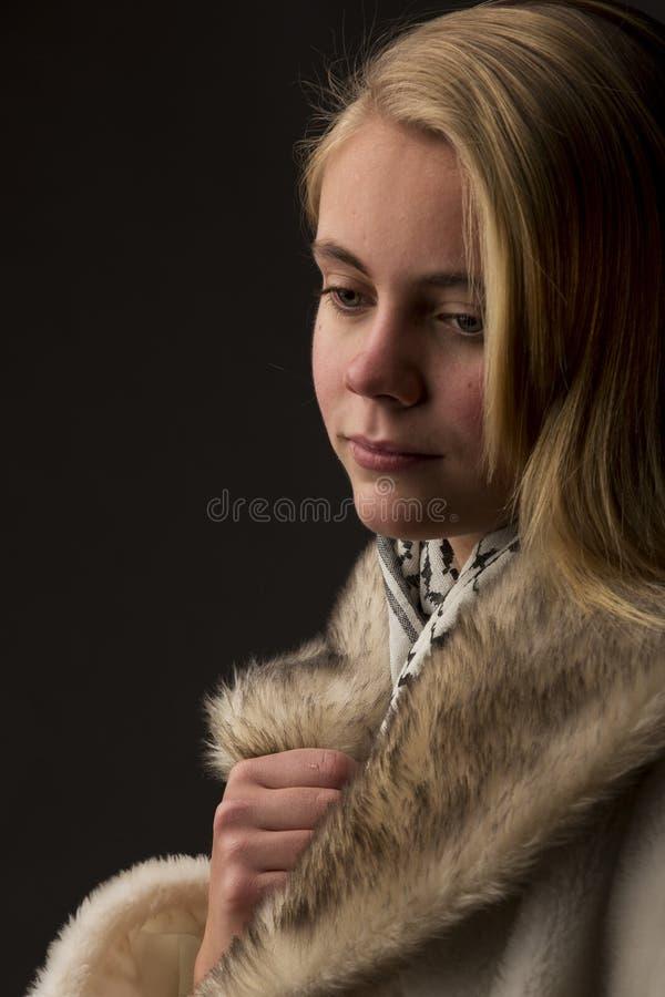 Adolescente louro bonito foto de stock