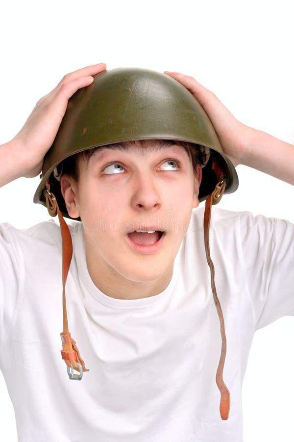 Adolescente no capacete imagem de stock royalty free