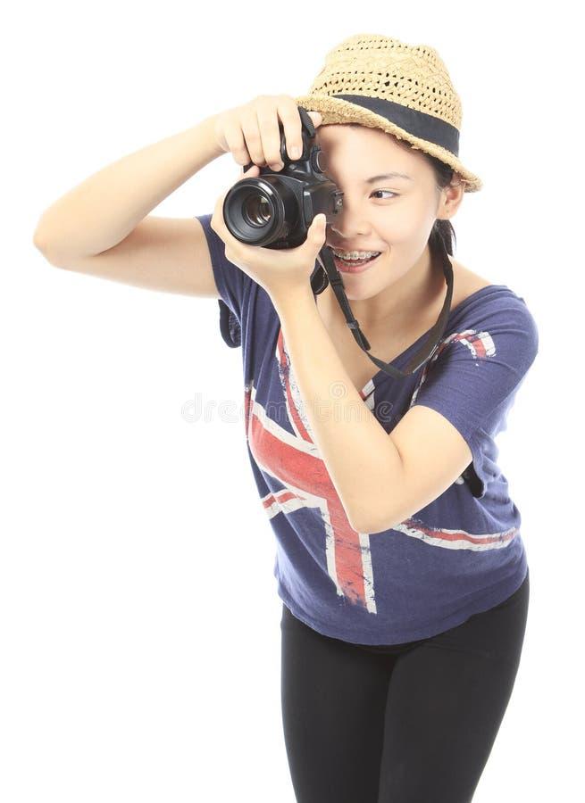 Adolescente que toma una foto fotos de archivo libres de regalías