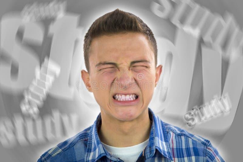 Adolescente sob o esforço severo do estudo imagens de stock