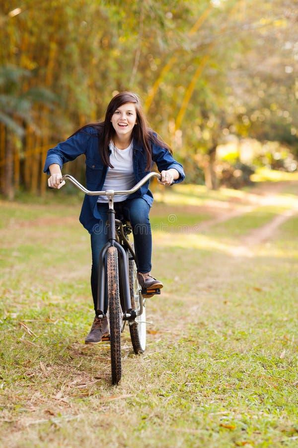 Adolescente sveglio fotografie stock libere da diritti