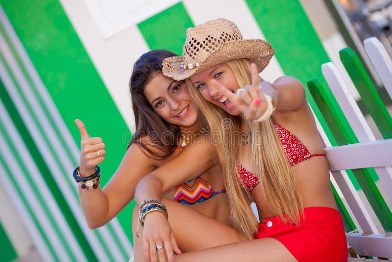 Adolescentes em férias fotos de stock royalty free