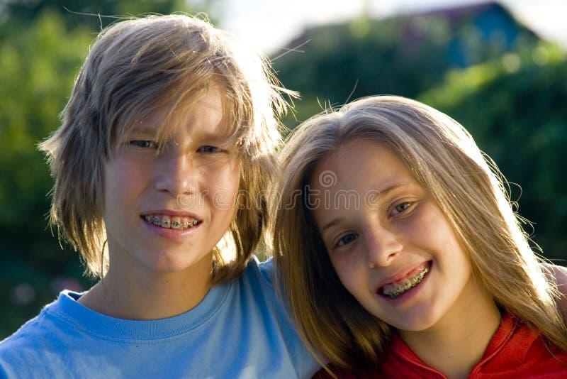 Adolescentes felizes imagem de stock royalty free