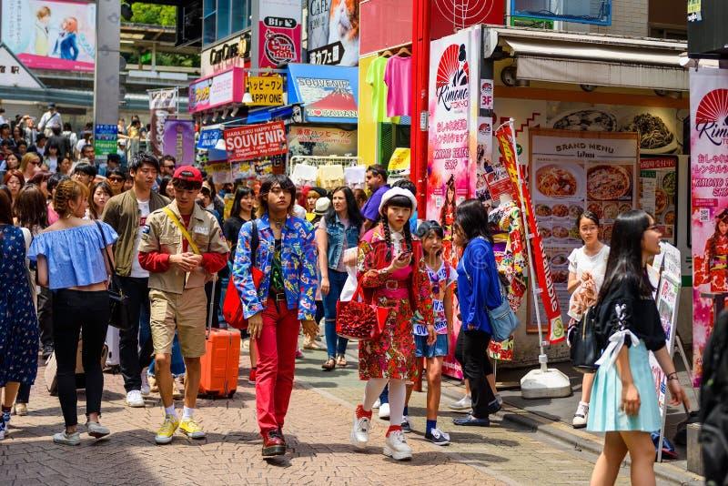 Adolescentes japoneses en Harajuku imagen de archivo