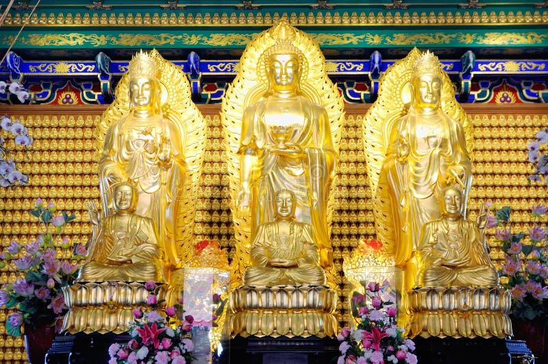 A adoração de Joss do buddhism imagem de stock royalty free