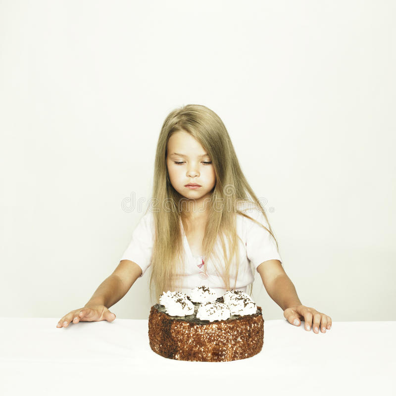 Download Adorable Little Girl With Cake Stock Image - Image: 28699353