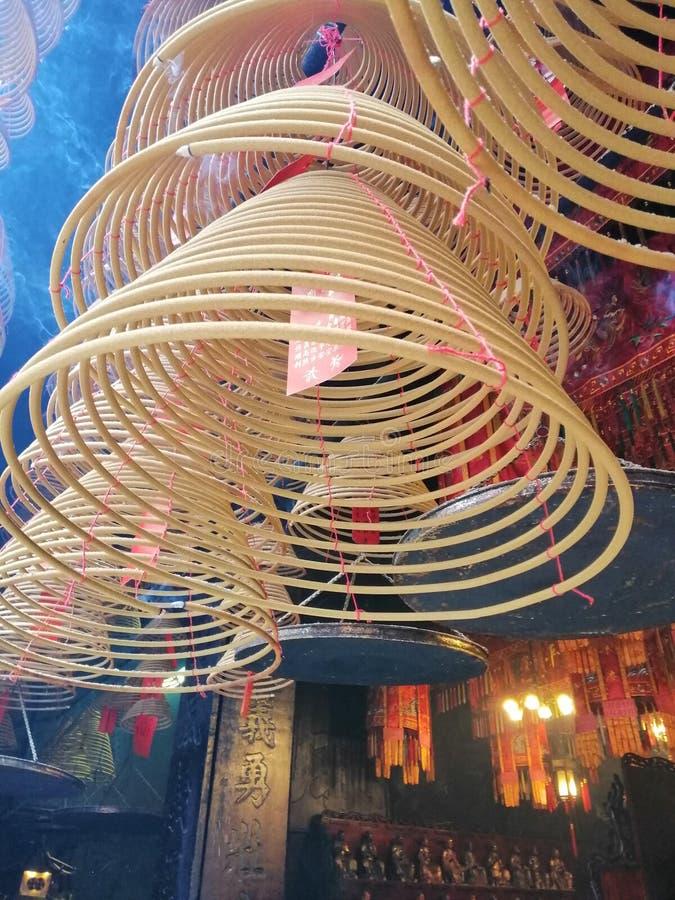 Adore a bobina no templo do budismo foto de stock royalty free