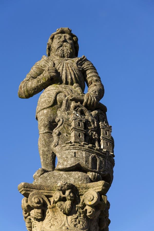 Adoubez Ronald sur la fontaine avant église en Thabor, République Tchèque photo stock