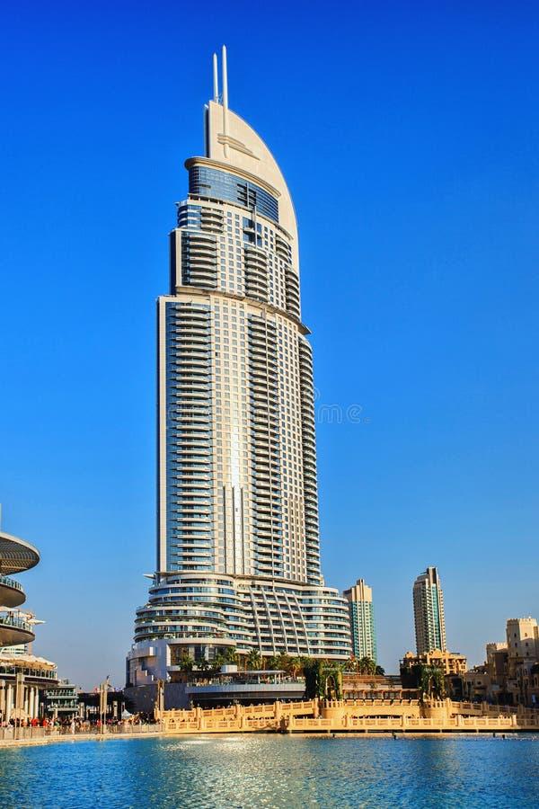 Adresshotellet i det i stadens centrum Dubai området royaltyfri foto