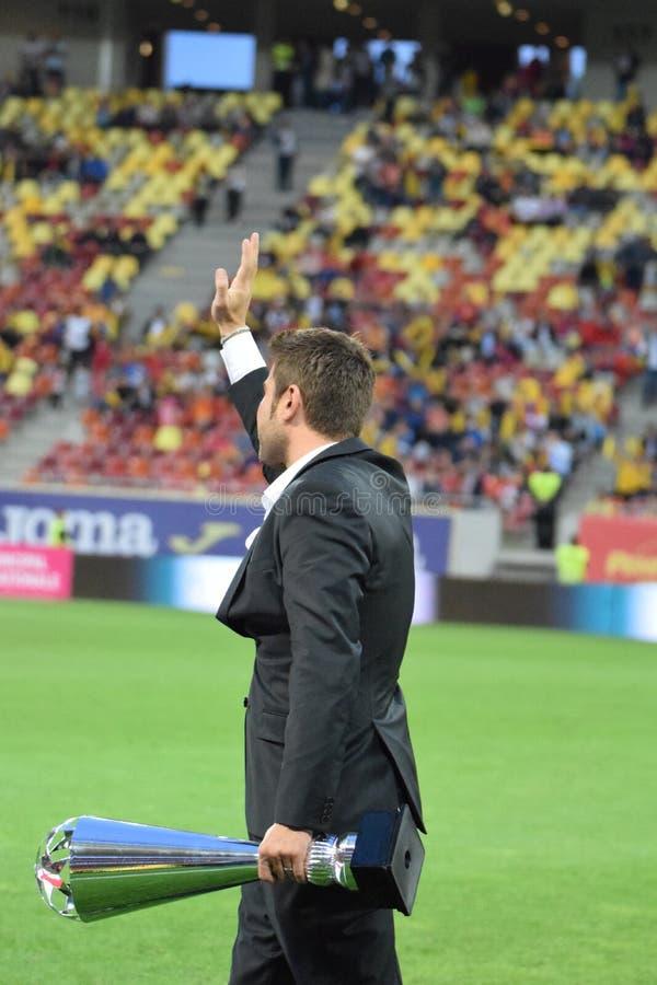 Adrian Mutu (Rumunia) otrzymywa trofeum obraz stock