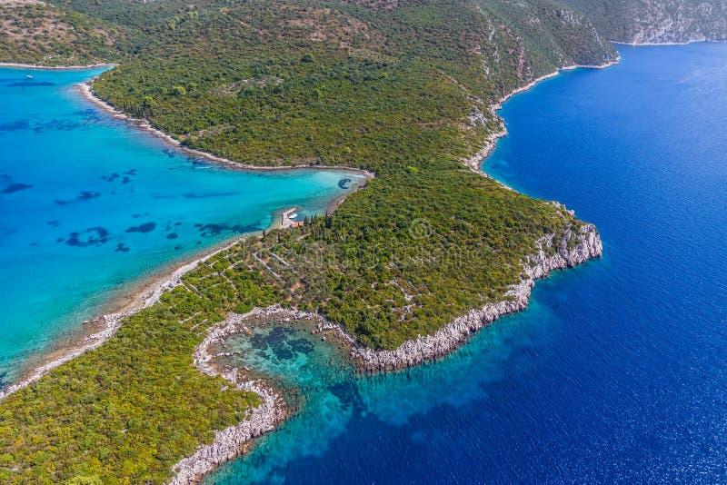 Adriatisch landschap bij Peljesac-schiereiland royalty-vrije stock afbeeldingen