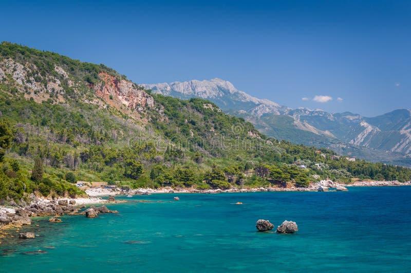 Adriatisch overzees van de de zomerdag landschap stock afbeeldingen