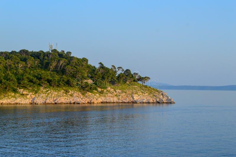 Adriatisches Meer in Makarska stockfotografie