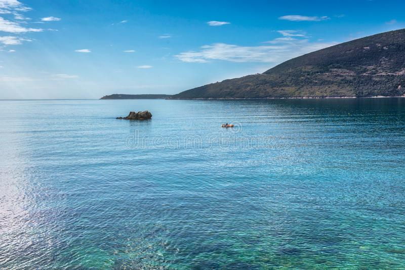 Adriatiska havet stillsamt hav fotografering för bildbyråer