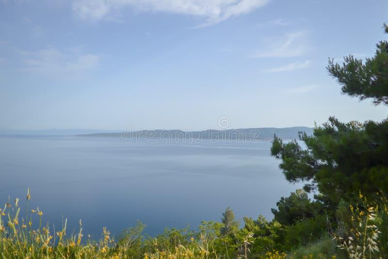 Adriatiskt havkust Makarska riviera av Dalmatia fotografering för bildbyråer