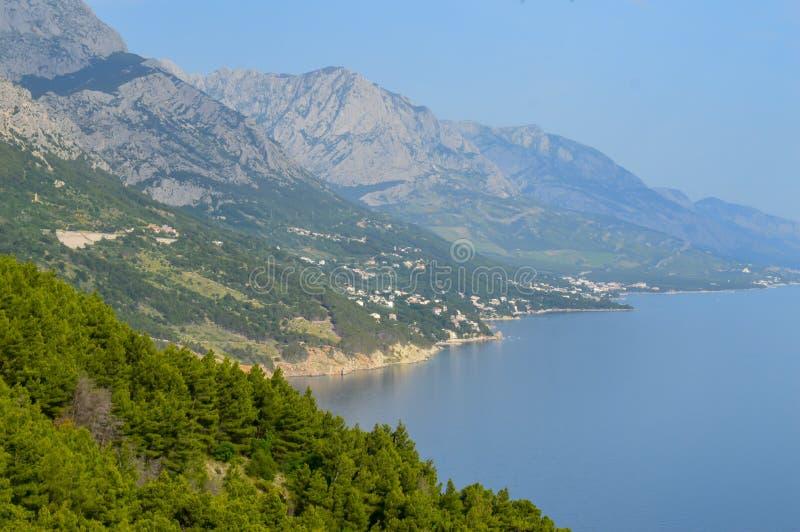 Adriatiskt havkust Makarska riviera av Dalmatia royaltyfri fotografi