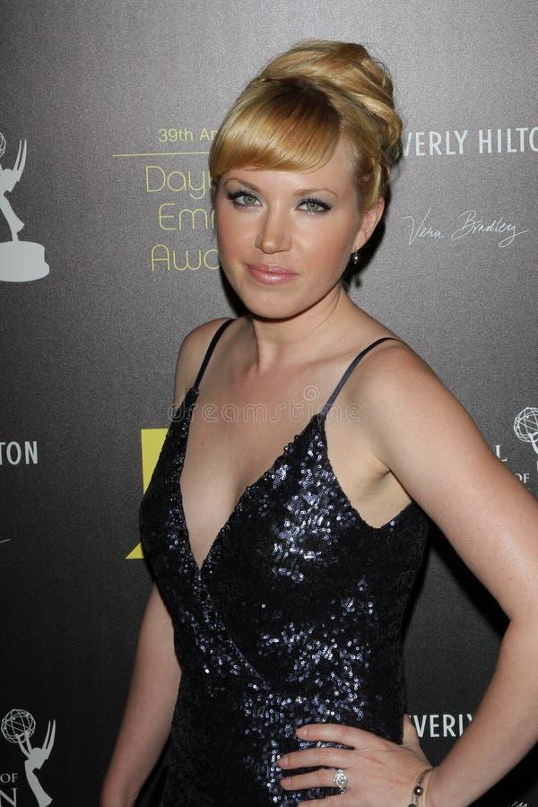 Adrienne Frantz aux trente-neuvième Prix Emmy de jour annuels, Beverly Hilton, Beverly Hills, CA 06-23-12 photographie stock
