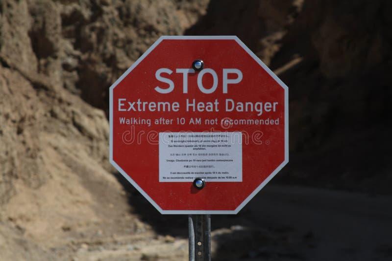 Advertencia del calor de Death Valley fotografía de archivo