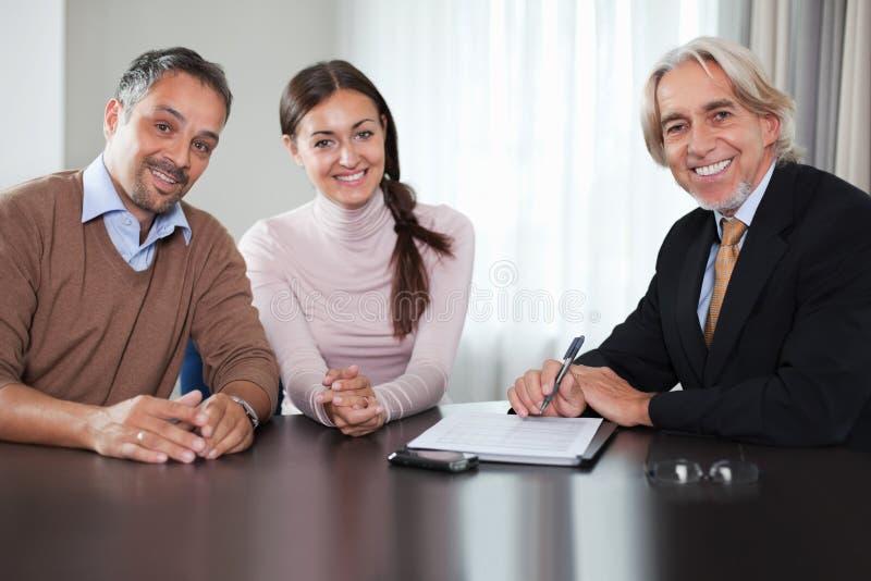 advisor pary pieniężni spotkania potomstwa fotografia royalty free
