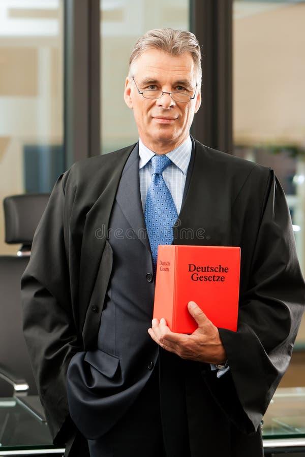 Advogado com código dos direitos civis imagens de stock royalty free