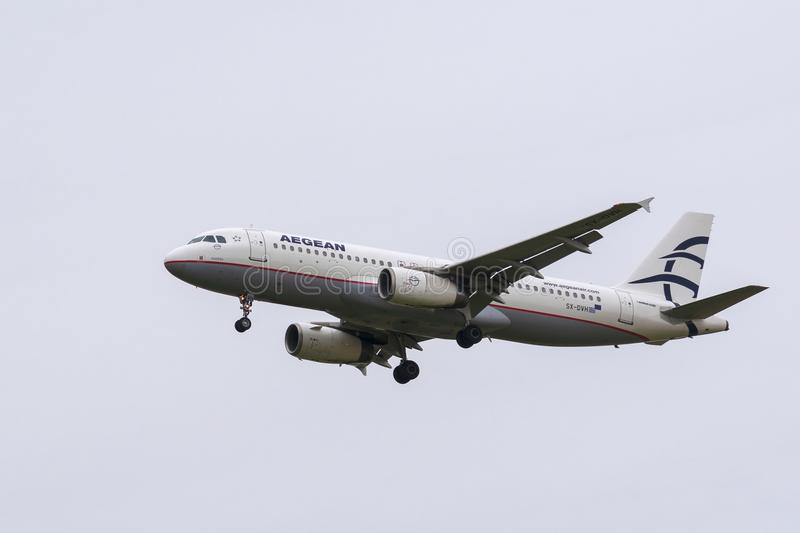 Aegean Airlines Airbus A320-232 Landing royalty free stock photography
